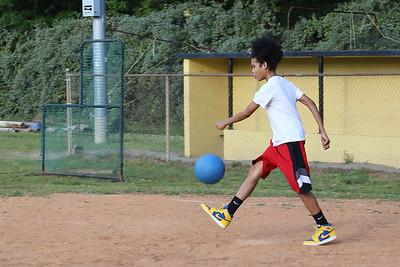 Kickball_003