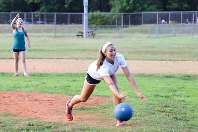 Kickball_058