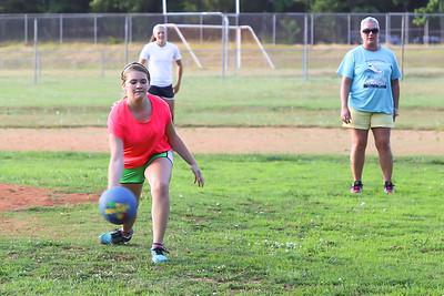 Kickball_010