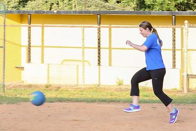Kickball_033