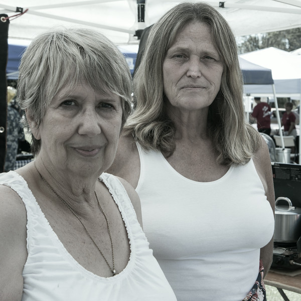 Camarillo Chili Cook-Off stalwarts Maud and Kim Swick were back from Bakersfield serving up their Zanjero Red Chili.