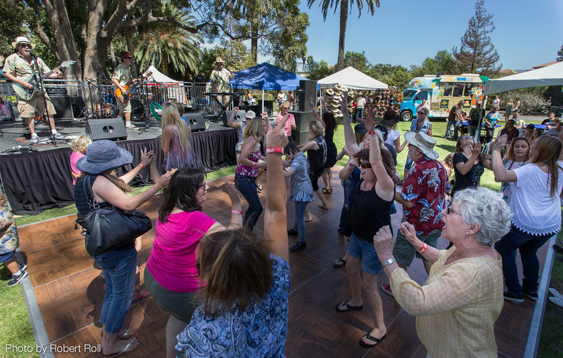 For the first five years, the festival featured only country music.  In 2014, host organization Camarillo Hospice broadened its musical palette to include a little something for everyone.  This year visitors took to the open-air dance floor and moved to a program of California beach music provided by local group The Hodads.