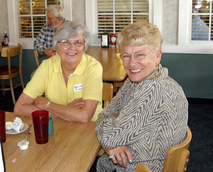 We recognize Delores Fisher, on the left in this photo (of course, the name tag helped)!  We'll need your help for identifying the lady on the right -- and then apologize for not immediately recognizing someone we should readily know.  Such is the hazard of failing eyes and old age!