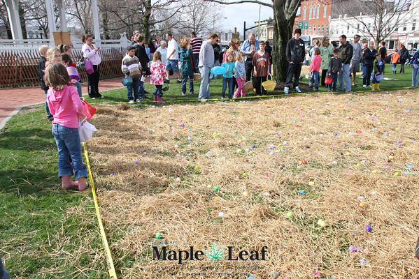 Chardon Square Easter Egg Hunt