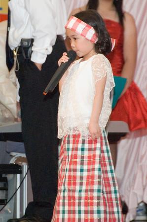 GRE_8802_fccvi_kalayaan_girl_singer
