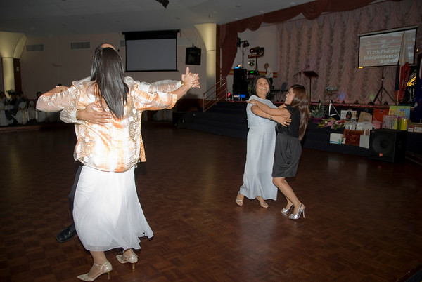 GRE_8813_fccvi_kalayaan_dance