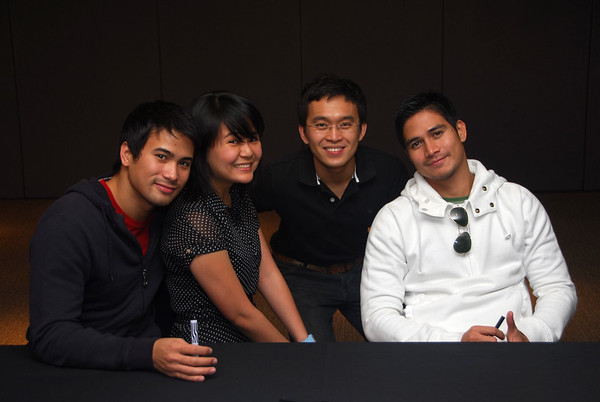 Sam Milby, The Philippine Times (PT) Entertainment Editor Sherilyn Ramon, PT features writer Ryan Perdio, and Piolo Pascual