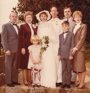 The wedding of H. Robert Lippman with Lisa Der5r, Oct 30, 1983, with Lisa's family.  Harold and Esther (Hill) Derr (left),  Lisa and Robert, Dan and Dorian Fetherolf, with their children in front, Jenna and Daniel 'DJ'.