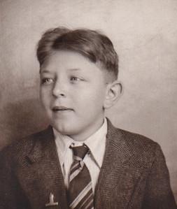 Jacob W. Hill (b. 1912)