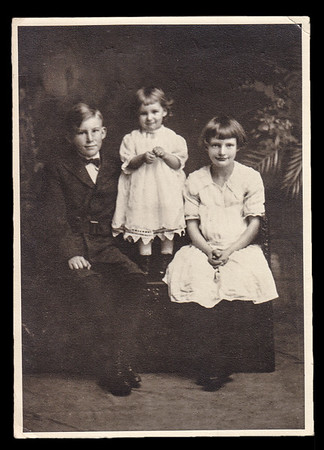 The children of Gertrude Hill's sister Sallie (Strausser) Hoffa:  LeRoy, Esther and Jeanette Hoffa.  Leroy was out shooting birds. Mother asked the Esther to go get him. She ran out the house, got in his line of fire and died. Parents John Hoffa and Sallie Strausser moved around the country and eventually settled in California.