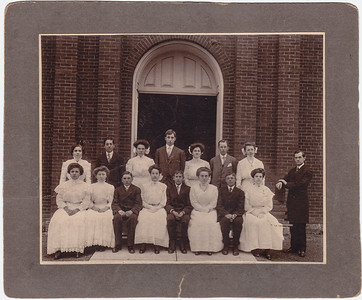 Gertrude Strausser (later Hill) confirmation picture, she is front row, w2nd from left.