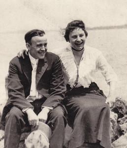 Howard and Hattie (Wien) Bechtel (Stella Humma's sister), Detroit, MI.