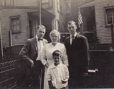 Henry Humma's brother William 'Bill' Humma, Harry Humma, Ella Humma and Charlie Krick.