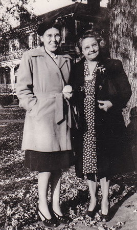 Estella Humma with Robert's wife Dorothy Ruth Humma, Bedford, PA, 1946.