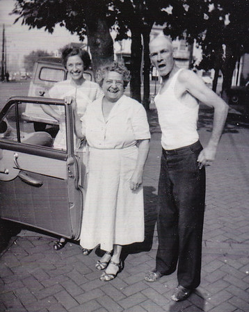 Verna (Humma) Johnston with her parents, Stella (Wien) and Henry Humma