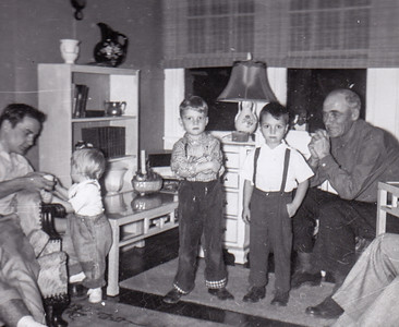 Ronald, Cathy 'Taffy', David & Bruce, Nov 1954.