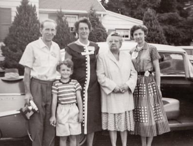 L-R: Family of 3, who??, Stella (Wien) Humma with daughter Verna (Humma) Johnston. (photo developed Aug. 1958).