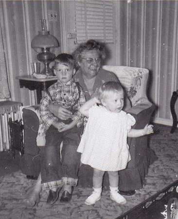 Ida Estella 'Stella' (Wien) Humma, with her grandchildren Dave Huber and Cathy Humma. 1954