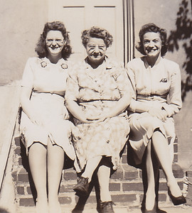 Dot Moyer, Stella (Wien) Humma, Ruth (Humma) Fisher, 226 Carpenter St., Reading, PA.