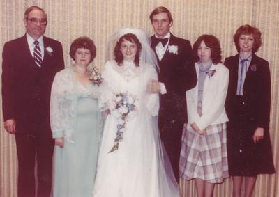 L-R: Ronald and Marian (Werner) Humma, Beth (Hill) and Jeb Humma, Lisa and Cathy Humma.
