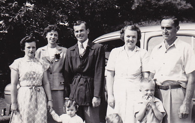 L-R: Adelaide Johnston (wife of Harold), Verna (Humma) Johnston, Harold Johnston. Can anyone identify the others?