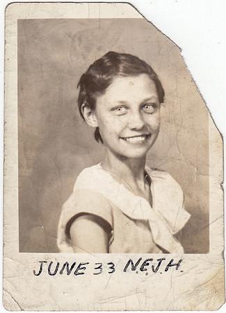 Verna Humma (later Johnston), 1933 school picture.