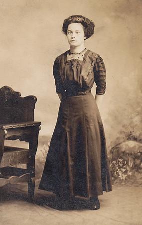 Mary Bertha 'Bert' (Wien) Yoder.