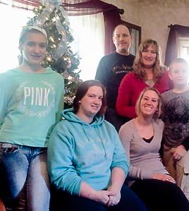 Back L-R: Charles, Kelly (Venaman), Jeriah. Front L-R: Chloe, Rachel, Maggie Schrack. 2013.