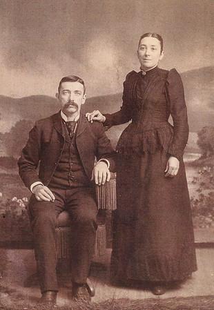 Daniel & Etillie  (Lamm) Faust wedding picture.