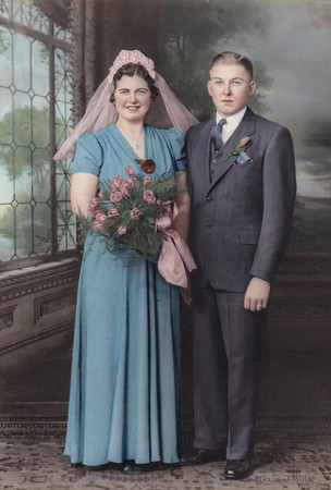 Earl & Florence Schrack, wedding portrait. Married Jan 1, 1940.