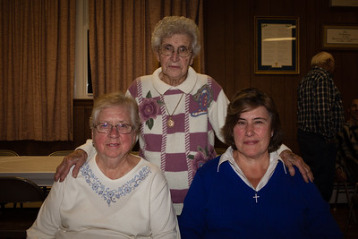 Mary (Schrack) Bender (standing), Beverly (Long) Schrack and Debra (Bender) Stover