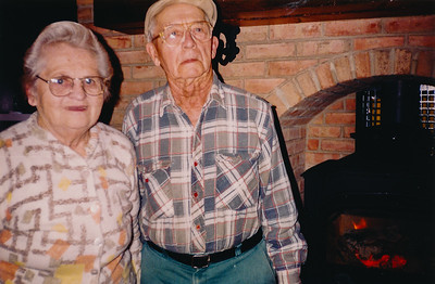 Wayne and Vera (Naftzinger) Schrack in the home of Jeb and Beth (Hill) Humma (their grand-daughter).