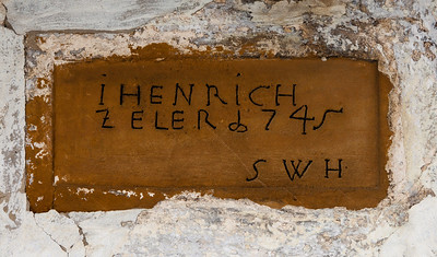 i Henrich Zeler 1745. (SWH is the initials of the man that laid the stone).