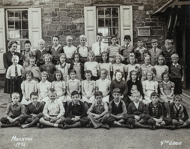 Mohnton elementary school.  Fourth grade class, Marian Humma is the 2nd row, 4th from right.