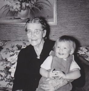 "Back says ""... Lula Whitman"". Cathy Humma is Lulla (Gray) Whitman's gg-granddaughter."