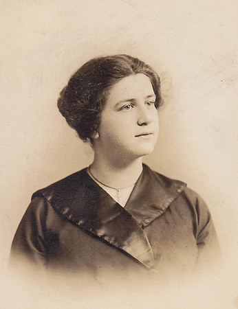 Lulu G. Whitman, age 18.