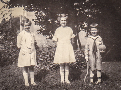 Yeich children : Mildred, Virginia and Donald at 1704 N. 3rd St. Reading, PA