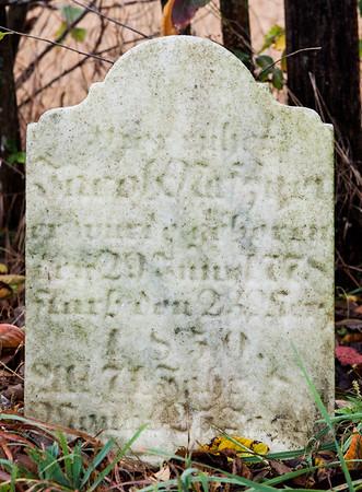 Jacob Nafzger tombstone (Jacob Naftzinger), 1778 - 1850?  (Naftzinger family burial).