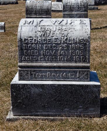 Laura, Dec 25, 1885 - Nov 14, 1906. Wife of George E. Kline.