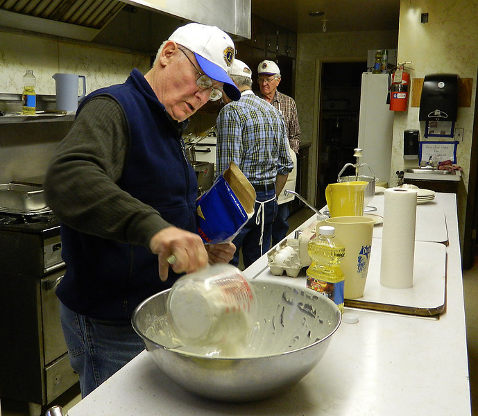 Gerald Keil applies the secret ingredients that make Lions pancakes among the most delicious you'll find anywhere!