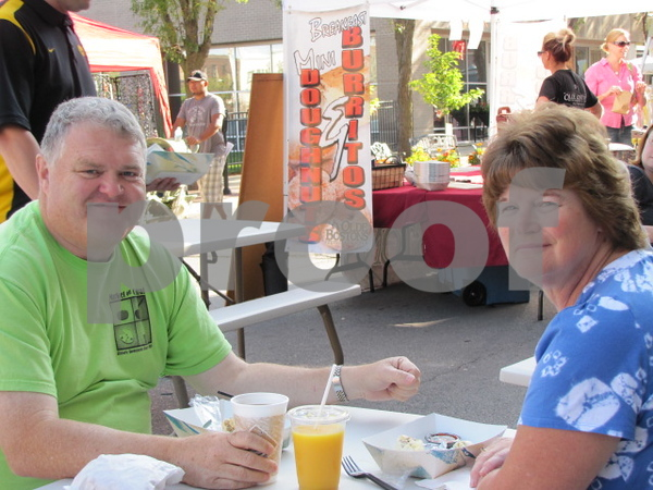 Cliff and Nancy Weldon enjoyed breakfast at Market on Central.
