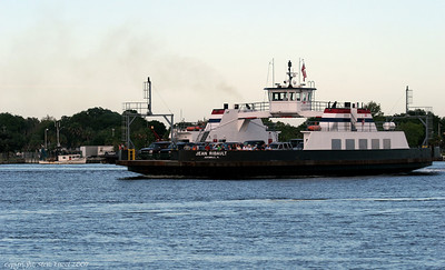 The Mayport ferry Jean Ribault making the crossing.