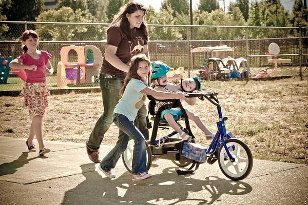 Lorelai and Rachel Carlson New Bike!