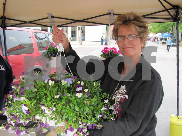 Cathy Hewett purchased a beautiful basket of pansies.
