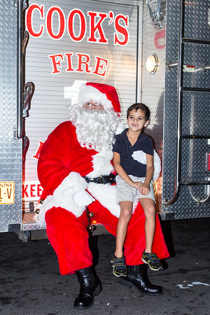 Tree_Lighting_023
