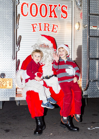 Tree_Lighting_035