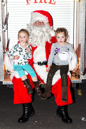 Tree_Lighting_060