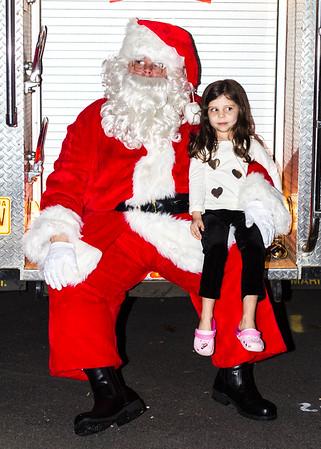 Tree_Lighting_065