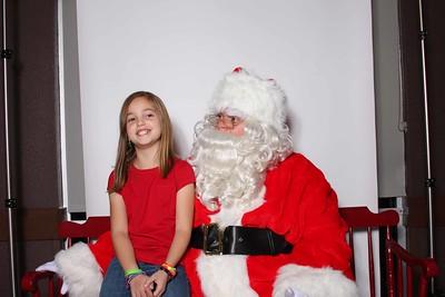 Santa_at_CFA_0052