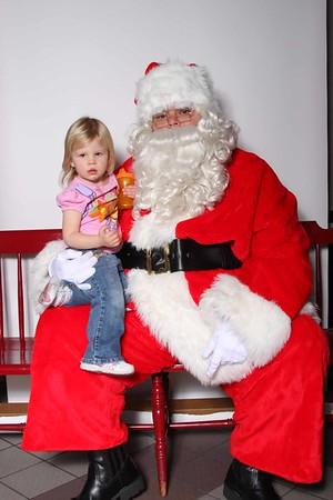 Santa_at_CFA_0023